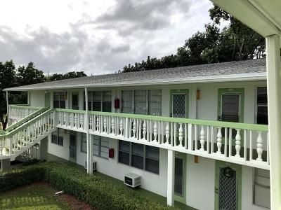 Deerfield Beach Condo For Sale: 199 Newport L