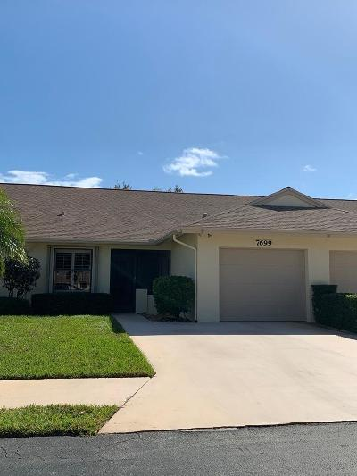 Hobe Sound Townhouse Contingent: 7699 SE Sugar Sands Circle