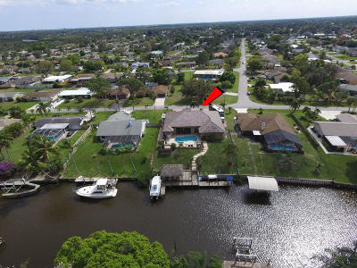 Port Saint Lucie Single Family Home For Sale: 401 SE Verada Avenue