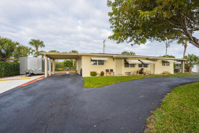 Palm Beach Gardens Multi Family Home Contingent: 600 Holly Drive