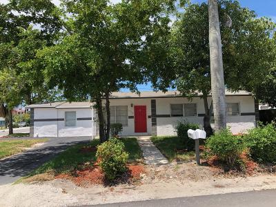 Single Family Home For Sale: 1160 W 26th Court