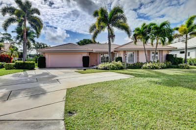 Boynton Beach Single Family Home For Sale: 11932 Lake Drive