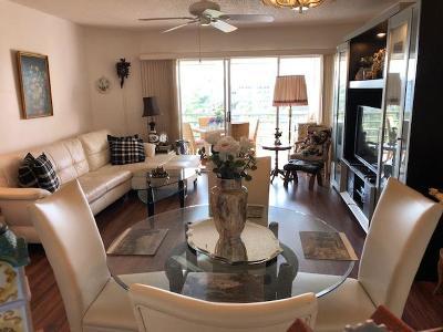 Lake Worth Condo For Sale: 3661 Via Poinciana #Apt 607