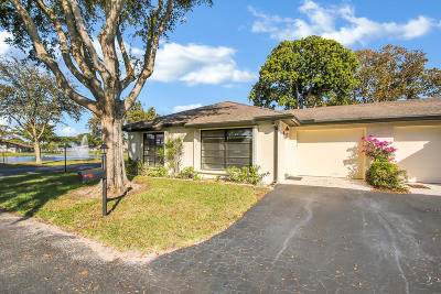 Boynton Beach Single Family Home For Sale: 4801 Quailwood Drive #A