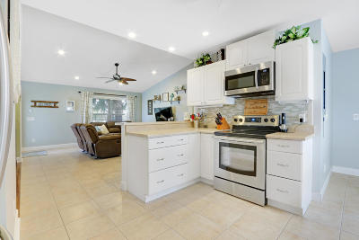 Stuart FL Single Family Home Contingent: $199,000