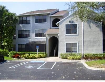 Rental For Rent: 2315 Congress Avenue #15