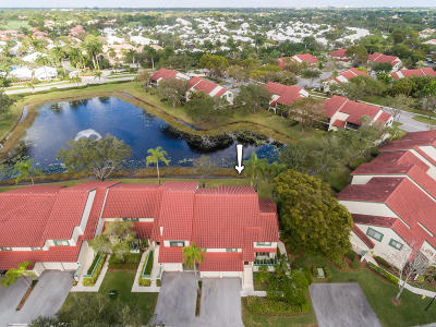 Palm Beach Gardens Condo For Sale: 4 E Lexington Lane #H