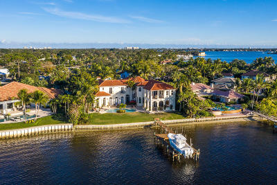 Tequesta Single Family Home For Sale: 147 Point Circle