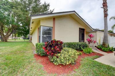 Boca Raton Single Family Home For Sale: 8900 Meadowlark Way #A
