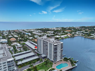 Delray Beach Condo For Sale: 220 Macfarlane Drive #S-405