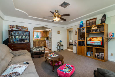 West Palm Beach Single Family Home For Sale: 2464 Taylor Lane