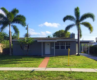 West Palm Beach Single Family Home For Sale: 520 Cherry Road