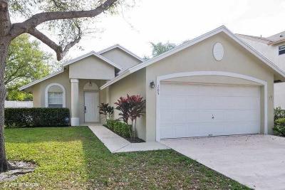 Jupiter Single Family Home For Sale: 105 Pennock Landing Circle