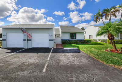 West Palm Beach Single Family Home For Sale: 2640 Gately Drive W #1106