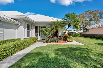 Palm Beach Gardens Single Family Home For Sale: 8524 E Garden Oaks Circle