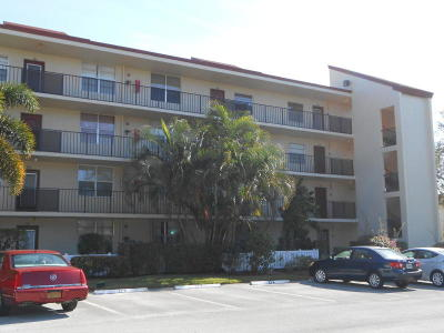 Delray Beach Condo For Sale: 27 Abbey Lane #204