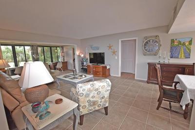 Boynton Beach Condo For Sale: 4275 B Quail Ridge Drive #Sandpipe