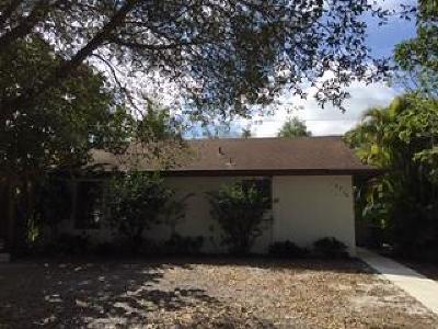 Stuart FL Single Family Home For Sale: $149,900