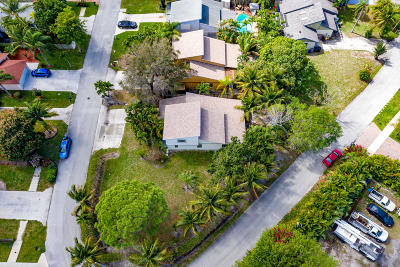 Delray Beach Single Family Home For Sale: 2409 Sundy Avenue
