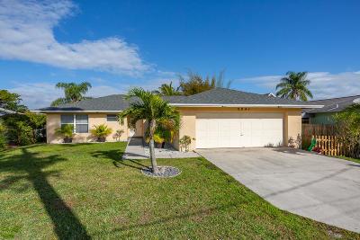 Stuart Single Family Home For Sale: 2241 SE Jackson Street