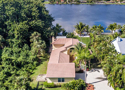Lake Worth Single Family Home For Sale: 2092 Circle Place Drive