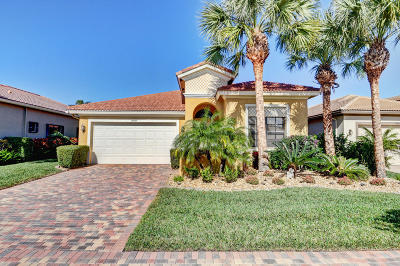 Delray Beach Single Family Home For Sale: 14887 Strand Lane