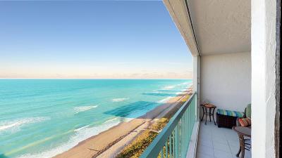 Jensen Beach Condo For Sale: 9900 S Ocean S Drive #1308
