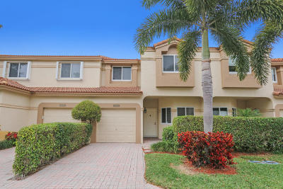 Boca Raton Townhouse For Sale: 6793 Via Regina