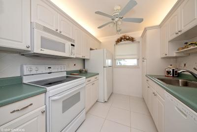 Leisureville, Palm Beach Leisureville Single Family Home For Sale: 300 SW Golfview Terrace #151
