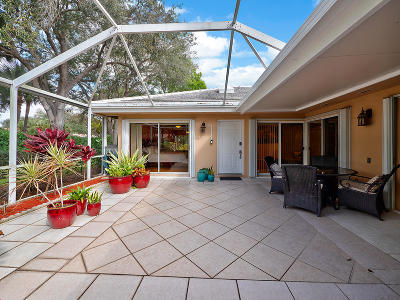 Palm Beach Gardens Townhouse For Sale: 804 Sun Terrace Court