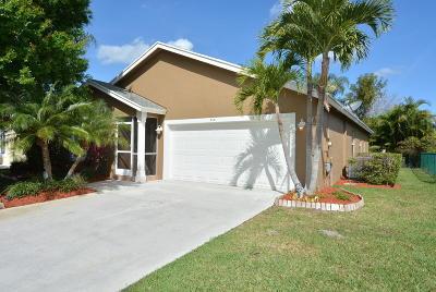 Stuart FL Single Family Home For Sale: $290,000