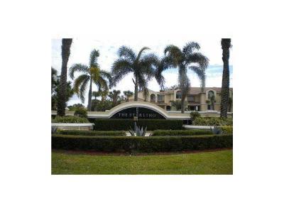 West Palm Beach Condo For Sale: 4105 Glenmoor Drive