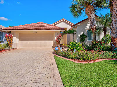 West Palm Beach Single Family Home For Sale: 9118 Bay Harbour Circle