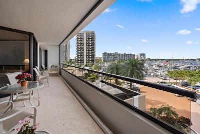 North Palm Beach Condo For Sale: 100 Lakeshore Drive #354