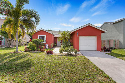 Boynton Beach Single Family Home For Sale: 6397 Country Fair Circle