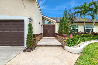Boca Raton Single Family Home For Sale: 9254 Edgemont Lane