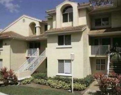 West Palm Beach Condo For Sale: 13304 Glenmoor Drive