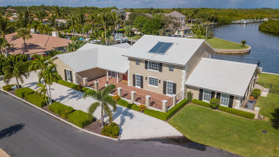 Hobe Sound Single Family Home For Sale: 9167 SE Star Island Way