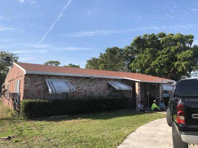 Lake Worth Single Family Home For Sale: 4599 Gulfstream Road