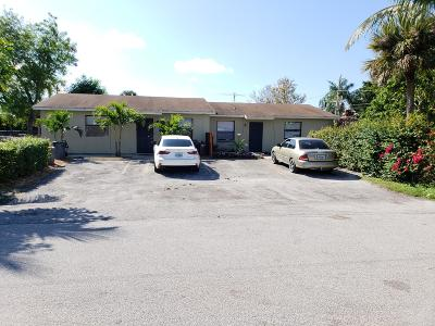 Lake Worth Multi Family Home For Sale: 4243 Sanders Drive