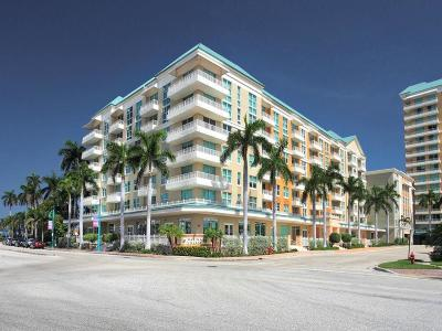 Boynton Beach Condo For Sale: 100 NE 6th Street #408