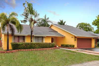 Pembroke Pines Single Family Home For Sale: 740 SW 99th Avenue