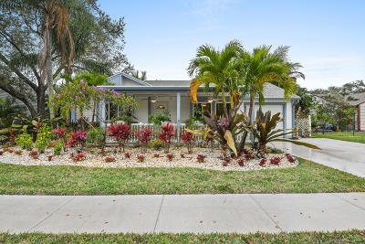 Jupiter Single Family Home For Sale: 18349 Jupiter Landings Drive