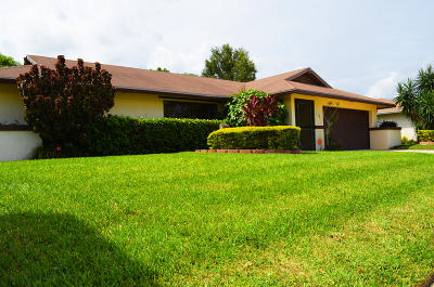 West Palm Beach Single Family Home For Sale: 138 Martin Circle