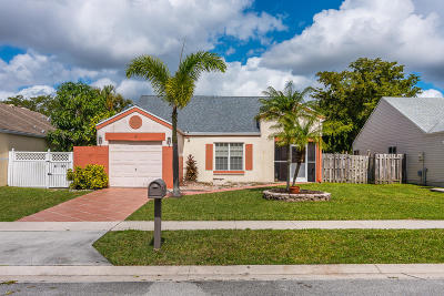 Boca Raton Single Family Home For Sale: 8451 Dynasty Drive