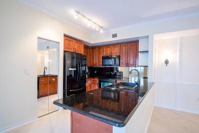 West Palm Beach Condo For Sale: 1801 Flagler #136