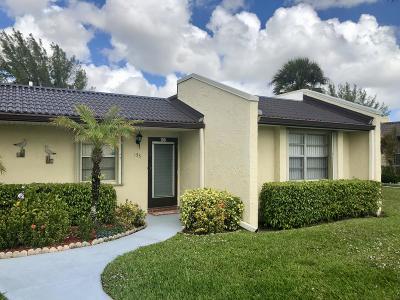 West Palm Beach Condo For Sale: 155 Lake Meryl Drive