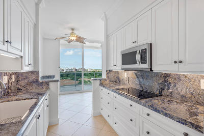 Townsend Place Condo For Sale: 500 SE Mizner Boulevard #A902