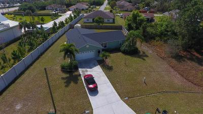 Port Saint Lucie Single Family Home For Sale: 900 SW Dubois Avenue