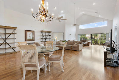 Boca Raton Single Family Home For Sale: 17448 Via Capri